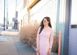 7 Adorable Lace Dresses for Spring Time